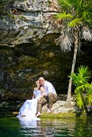 What a great Trash the Dress Session at the Cenote!!!
