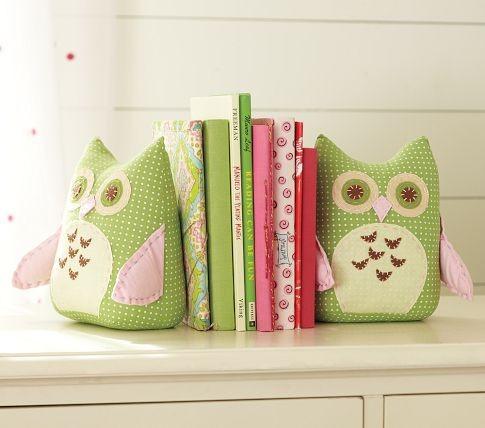 nursery bookends.jpg
